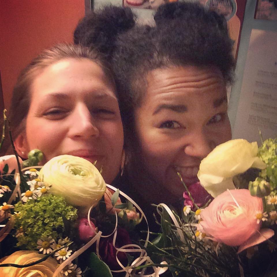 April 2017 Machen Hanna Sikasa Und Ich Uns Wieder Auf Unsere Alljhrliche Wohnzimmer Konzert Tour Die Terminplanung Hierzu Ist Beendet Wer