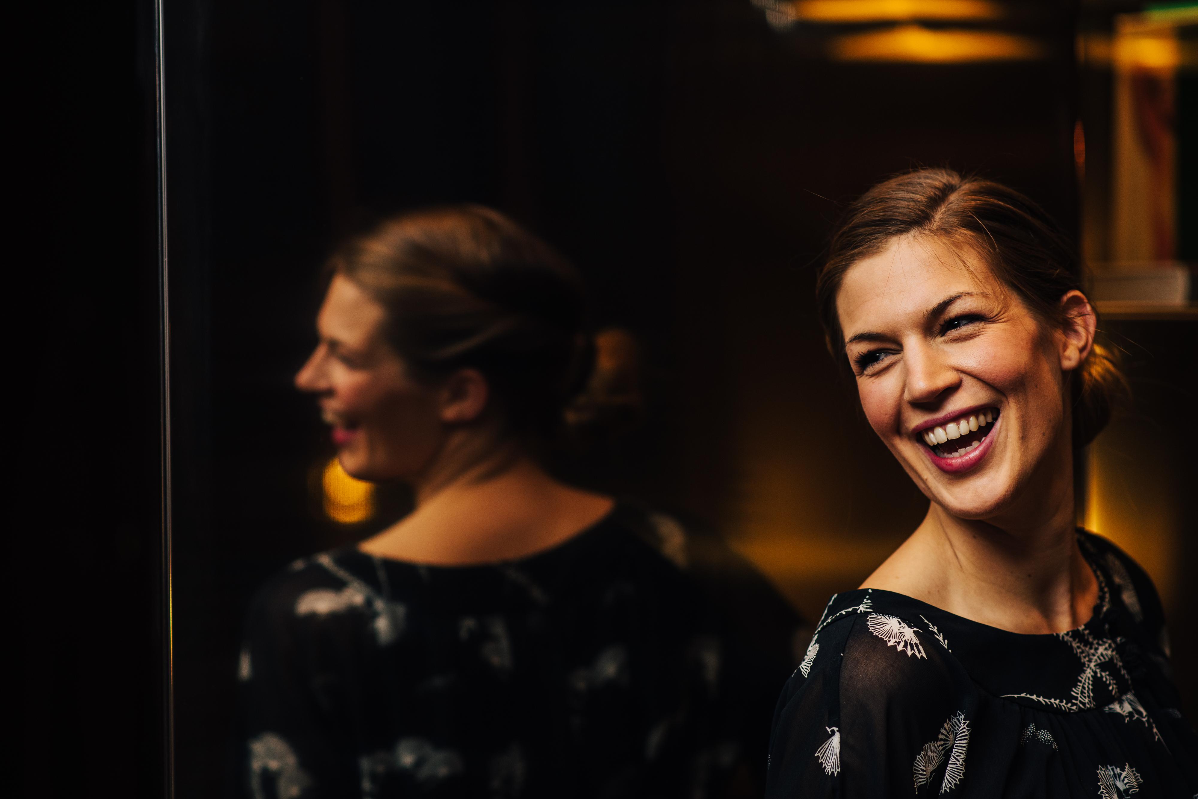 Julia Nagele Alias Jules Will Mit Ihren Songs Verzaubern Um Mglichst Viele Menschen Zu Begeistern Geht Die 25 Jhrige Ungewhnliche Wege Und Rockt So